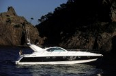 Fairline Targa 48 powerboat cruising in Mediterranean