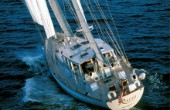 Sailing yacht Rialto under full sail