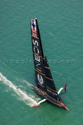 171220  Auckland NZL36th Americas Cup presented by PradaRace Day 1Ineos Team UK