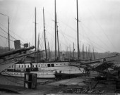 Large steam yachts at berth in Camper & Nicholsons in Southampton in 1930