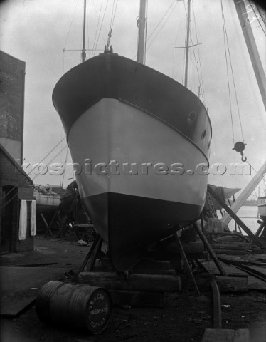 Fitting out at Camper and Nicholsons yard in Southampton in 1935