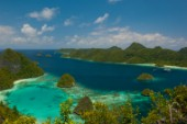 Cruising in Indonesia, elevated view of Wayag, Raja Ampat Islands