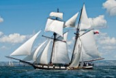 Tall ship La Recouvrance sailing