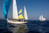 Argyll finds the breeze further offshore as she races to the finish of the Blue Bird cup against Skylark